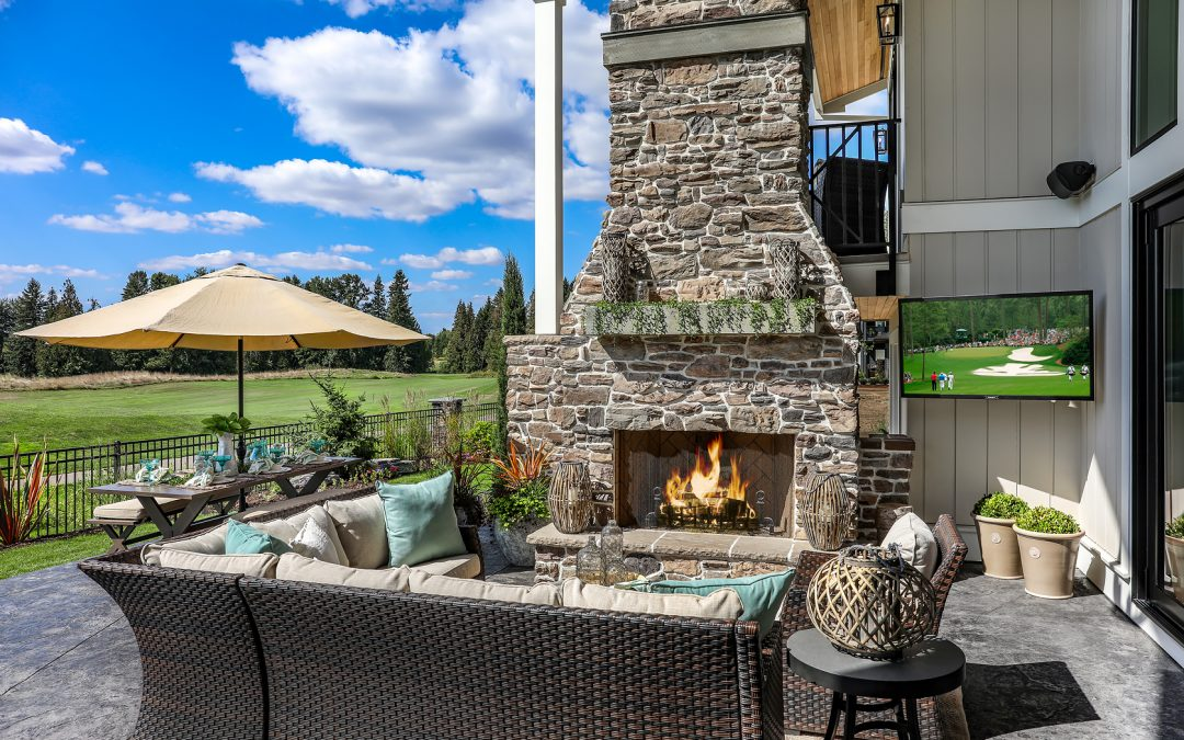 Vendage outdoor fireplace